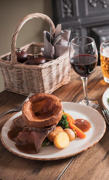 A great shot of the Wynnstay Arm's best Sunday roast near Wrexham, Chester and Llangollen