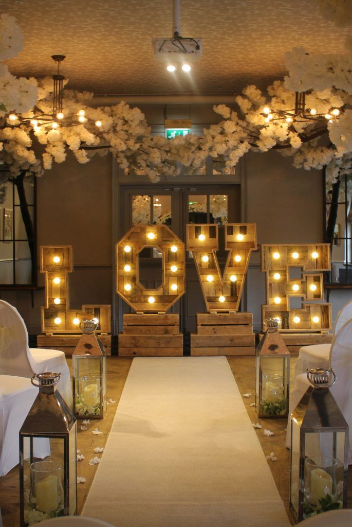 The function and wedding room at the Wynnstay Arms close to Wrexham, Chester and Llangollen